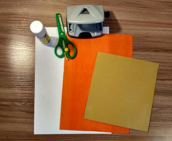 бумага и канцелярские принадлежности