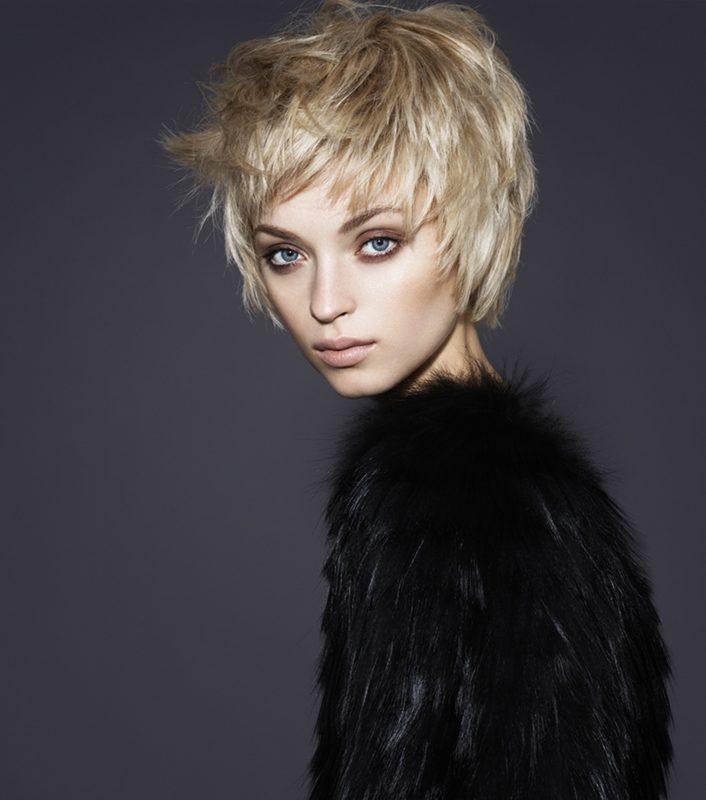 женская прическа короткие волосы фото