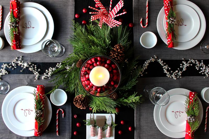 Рождество – семейный праздник, который обязательно собирает всю семью за большим столом.