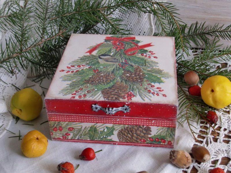 Шкатулка на Рождество. Подарки должны быть для всей семьи