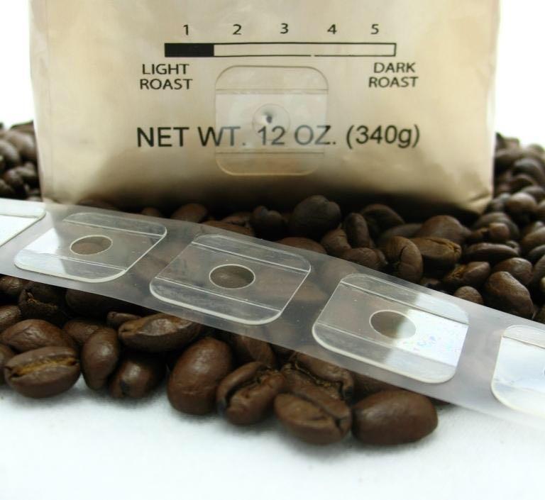 Кофейные зёрна должны быть упакованы в не прозрачный пакет. Он должен иметь дегазационный клапан.