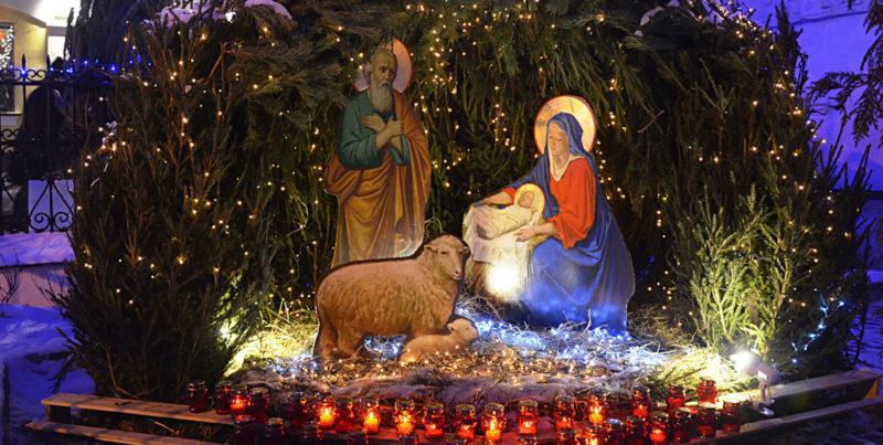 Яркий и семейный праздник Рождества собирает вместе всех людей