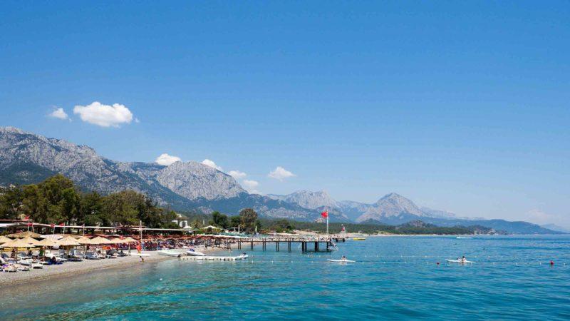 В Турции с марта по май цены приятно удивляют и есть возможность выгодно отдохнуть.