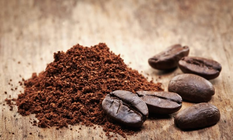 Маска для комбинированной кожи лица 1 столовая ложка молотого натурального кофе