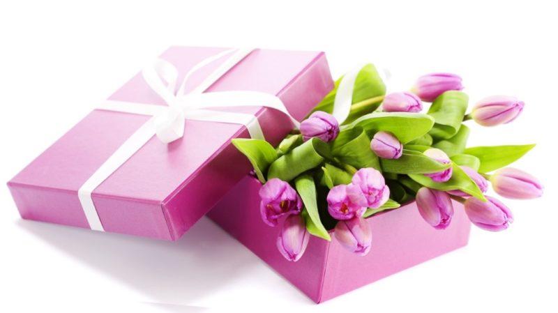 сделать правильный выбор подарка к 8 марта не просто