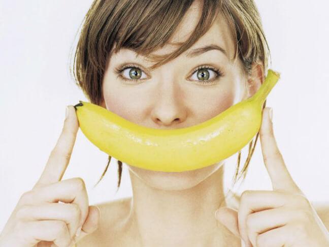 Свежий банан перед сном – сытно и вкусно