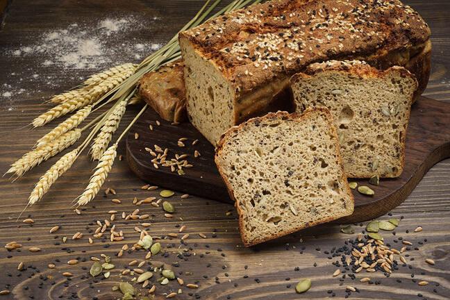 В составе хлеба присутствует клейковина, сохраняющая клеткам молодость