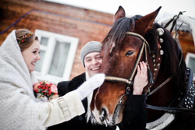 Свадьба зимой в деревне