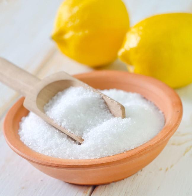 насыпать лимонную кислоту в отсек для моющего средства