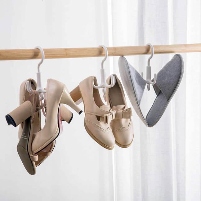 Хранение обуви на штанге в шкафу