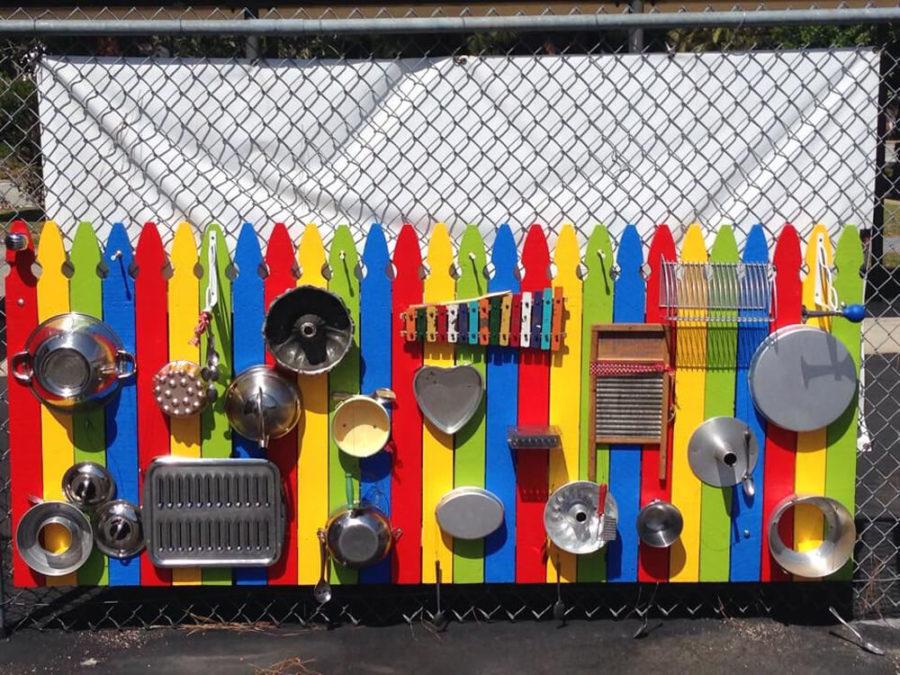 Музыкальная доска на даче для ребенка