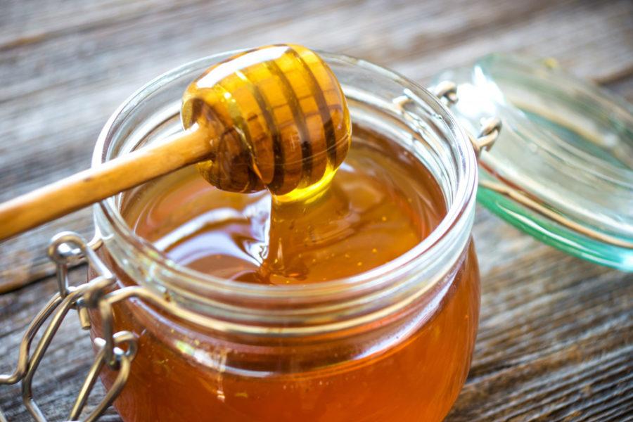 Маска для сухой кожи из меда и лаврового листа