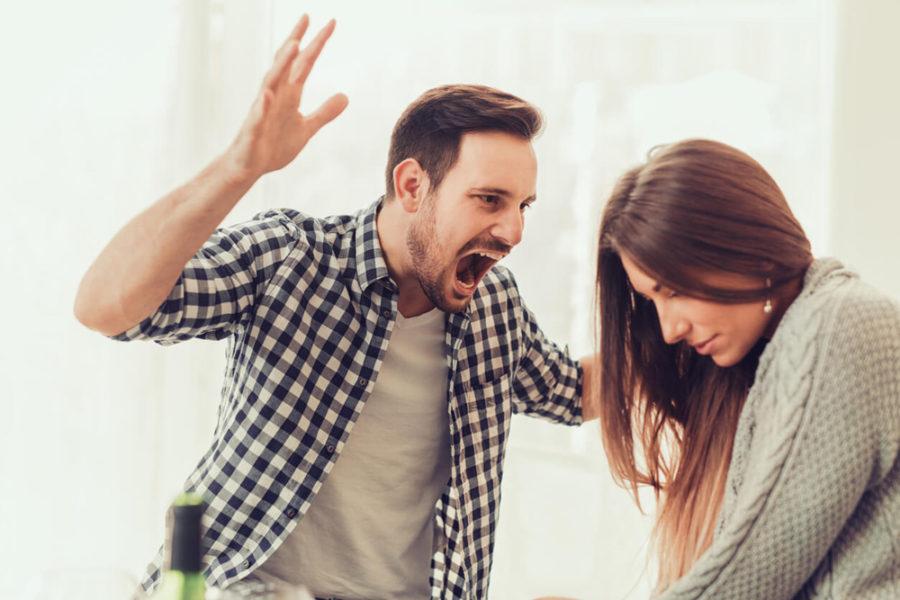 нормальные отношения между мужчиной и женщиной с насилием не совместимы.