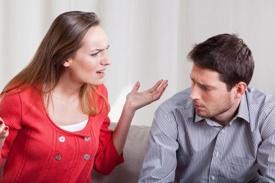 Почему муж ударил?