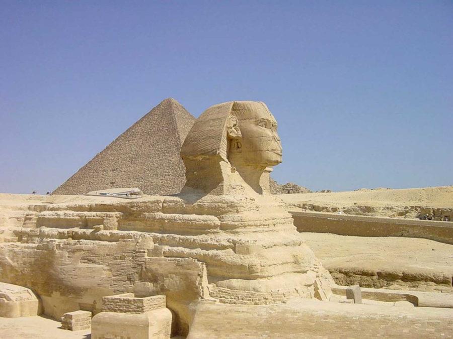 Комплекс древних памятников на плато Гиза