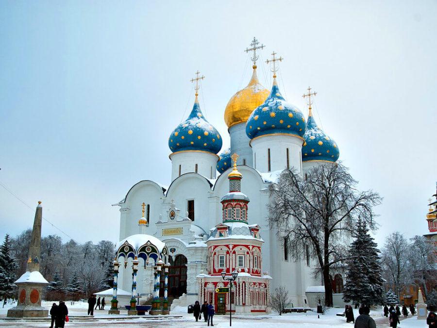 Старинные усадьбы, русские церкви, монастыри,