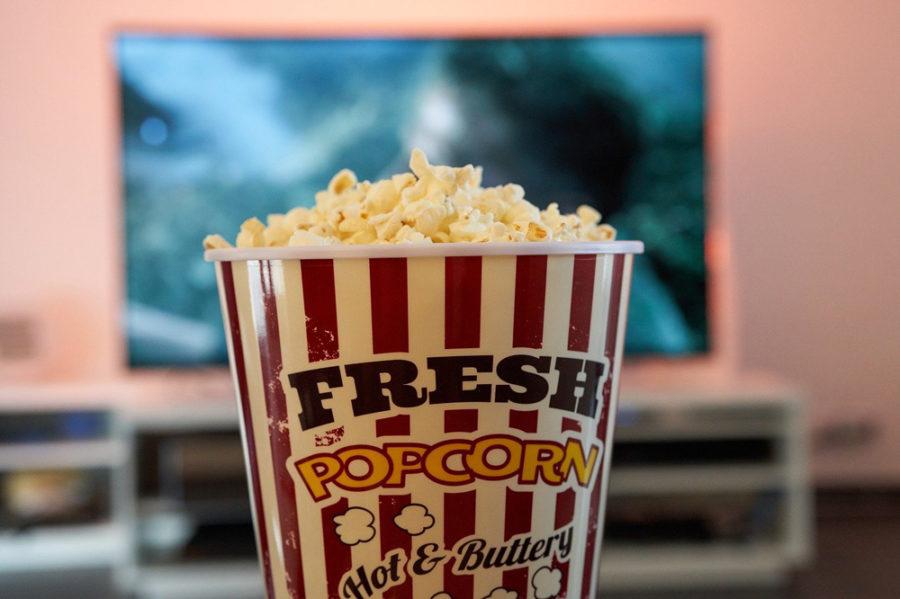 определенные фильмы лучше смотреть в женской компании
