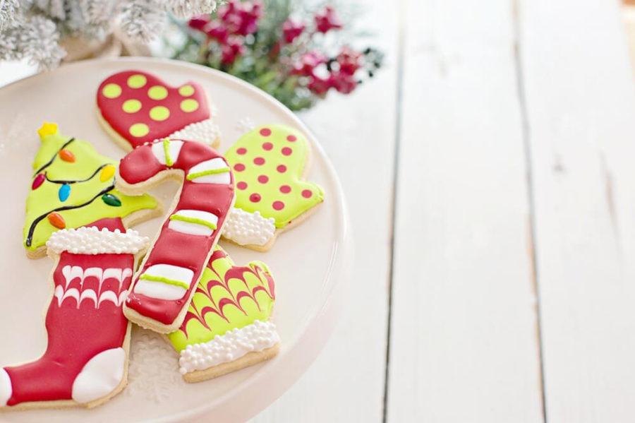 Конфеты или печенье в подарок на Новый год
